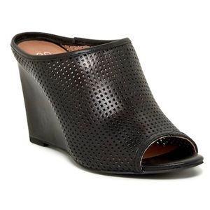 Seychelles Perfect Match Wedge Mule